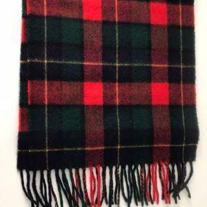 Plaid wool scarf.  Like new!